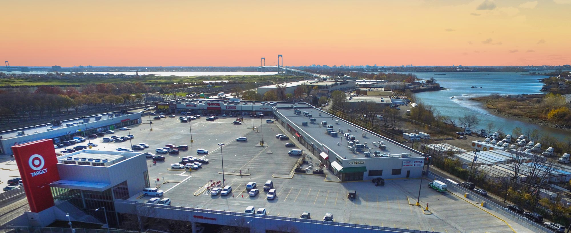 Throggs Neck Shopping Center